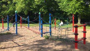 Fallschutz Spielplatz Kosten: Fallschutzbeläge, EPDM Gummi Fallschutzplatten und Fallschutzmatten für Spielplatzgeräte und Spielplätze