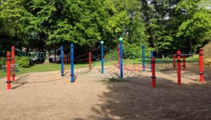 Förderung Spielplatzbau: Finanzierung von Spielgeräten auf Spielplätzen.